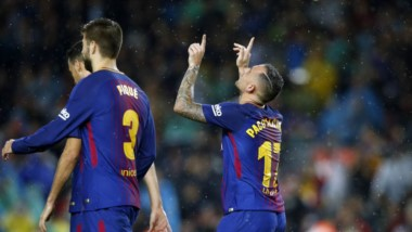 Barcelona le pegó a Sevilla con doblete de Alcácer. Guido Pizarro convirtió para Sevila y jugó un partidazo.