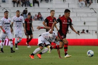 Newells' de Rosario viene de igualar sin goles con Patronato de Paraná.