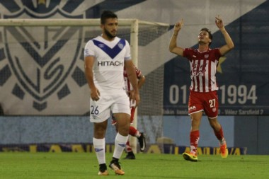 Vélez llega de tres derrotas consecutivas y está complicado con su promedio.