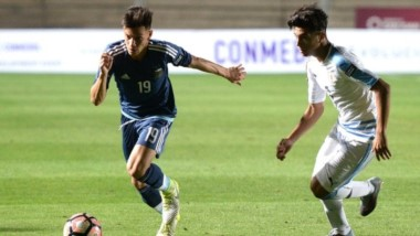 La Selección Argentina Sub 15 igualó 2-2 con Uruguay con goles de Zeballos.
