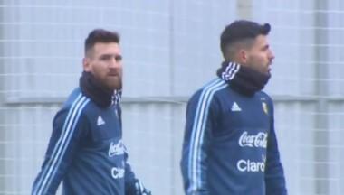 Messi y Agüero volverán a compartir hoy la delantera argentina.