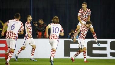 Paliza de Croacia en la ida del Repechaje: goleada 4-1 ante Grecia (descontó Sokratis) como local con goles de Modric, Kalinic, Perisic y Kramaric.