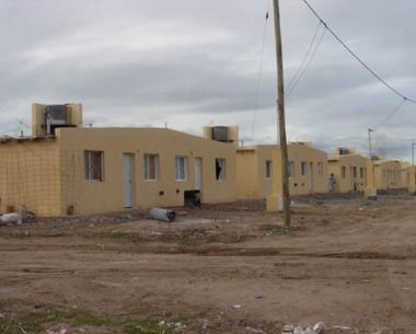 Los proyectos de viviendas con aporte de privados serán cada vez más comunes en la provincia.