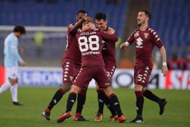 Gran victoria del Torino en Roma, ante Lazio.