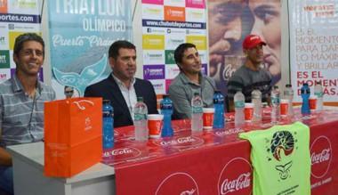 Presentación del Triatlón Olímpico junto a Walter Ñonquepán.
