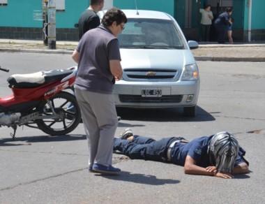 El choque se produjo en la intersección de las calles Muzio y Alem.