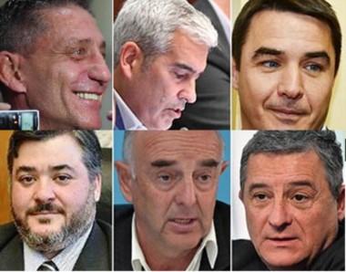 """Adrián López como presidente del partido encabeza """"la comisión"""" de los cinco dirigentes que fueron a pedir explicaciones al gobernador tras las declaraciones de Mammarelli."""