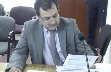 """El trabajo de Meneses fue declarado como """"insastisfactorio"""" para el lapso diciembre 2012 a diciembre 2015."""