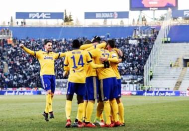 Juventus atendió a domicilio a Bologna 3-0 y es escolta en Serie A, un punto debajo de Napoli.