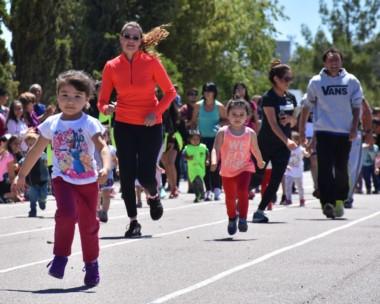 Una agradable jornada acompañó a los más de 250 niños en el evento.