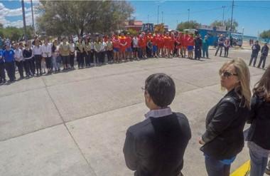Bajo el sol. Artero encabezó el lanzamiento de temporada y presentó a quienes prestarán los servicios.