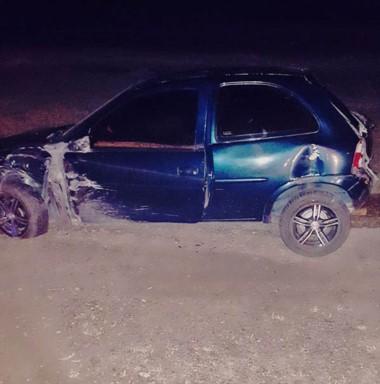 Un Chevrolet Corsa chocó a la altura del autódromo Mar y Valle.