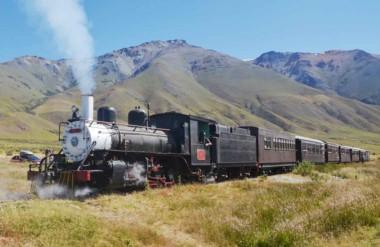 La tarifa general para el trayecto Esquel - Nahuelpan - Esquel  en La Trochita, para mayores, será de $ 900.