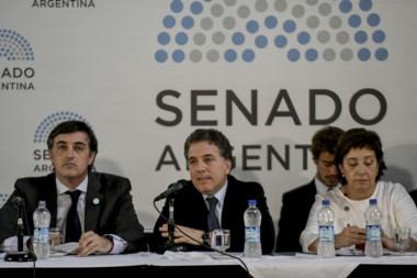 El ministro junto al flamante senador bonaerense Esteban Bullrich, muy entusiasmado con la reunión...