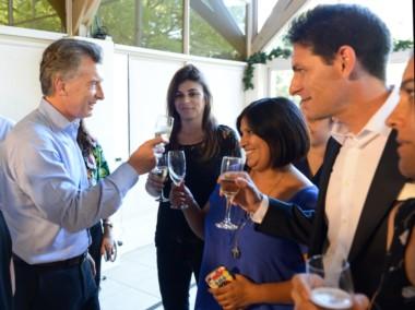 Macri brindó con el personal que se desempeña en la Residencia de Olivos con motivo de las fiestas de fin de año.