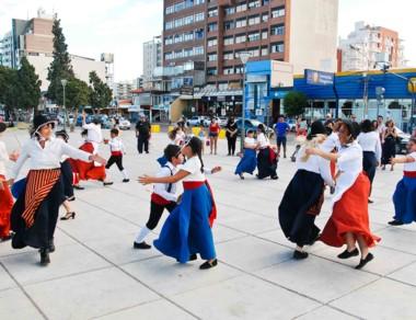 Se mostraron danzas de las denominadas de feria o populares.