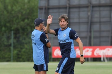 Con Gabriel Heinze a la cabeza, comenzaron los trabajos en la Villa Olímpica para el plantel de Vélez.