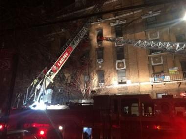 Al menos doce muertos y varios heridos por un incendio en un edificio del Bronx en Nueva York.