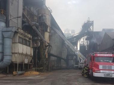 """Explosión y muerte en la cerealera COFCO: """"Se podría haber evitado"""". La Federación de Trabajadores Aceiteros realiza un paro de 24 horas."""