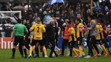 El Tribunal de Apelaciones le redujo la sanción a Deportivo Riestra en 10 puntos.