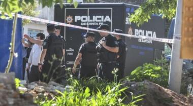 Un agente penitenciario mató a su exesposa y a cuatro exfamiliares.