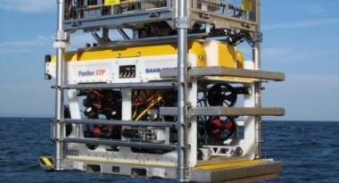 """El Phanter Plus, un sumergible teledirigido que tiene una capacidad de inmersión de hasta 1000 metros de profundidad, montado en el ARA """"Islas Malvinas""""."""