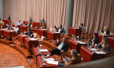 El oficialismo contaría con todos los votos necesarios como para aprobar el nuevo endeudamiento hoy durante la sesión especial.
