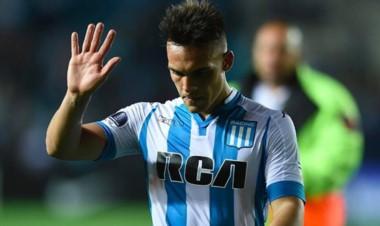 Según el entorno del jugador, Martínez ya se realizó la revisión medica, firmó contrato y es jugador del
