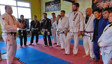 Hubo en Madryn un seminario de Jiujitsu y MMA con especialista de Brasil.