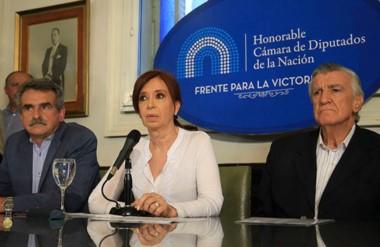 Cristina Kirchner dio una conferencia de prensa luego de ser imputada por Bonadio por traición a la Patria.