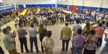 El gobernador Arcioni durante una de las actividades realizadas este fin de semana en el interior.