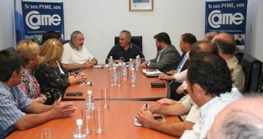 En la reunión, acordaron trabajar para fortalecer la actividad.