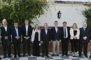 A la vez que Macri presenta junto a los gobernadores el Plan Patagonia, se caen los empleos en la región.