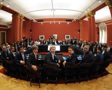 Los ministros nacionales se reunieron con las provincias.