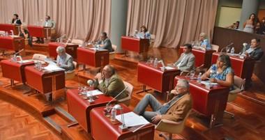 El acuerdo con los magistrados no pasó el filtro de legislatura y desató una lucha sin cuartel.