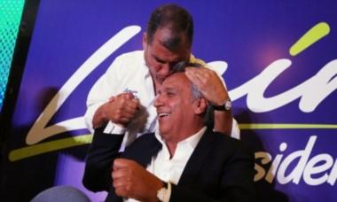 El ex mandatario Rafael Correa y su sucesor. Una imagen del pasado no tan lejano.