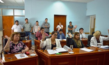 La primera sesión contó con ocho de los diez concejales.
