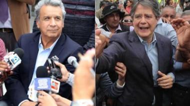 Lenín Moreno (a la izquierda) y el banquero que salió segundo en los comicios.