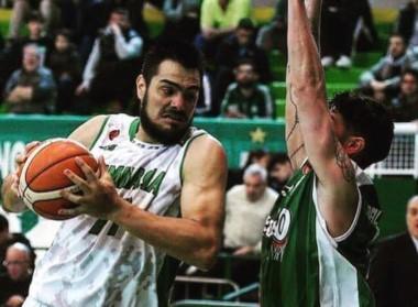 Gimnasia consiguió una gran victoria de visitante ante Atenas de Córdoba.
