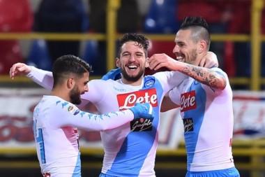 Triplete de Mertens. Máquinas de hacer goles, los chicos de Sarri. 55 goles en 23 jornadas. Mejor visitante y segundo en la tabla.
