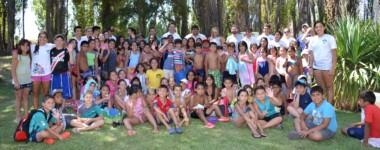 Los chicos de las Colonias de vacaciones recibieron días atrás la visita del intendente Adrián Maderna y el equipo de la Coordinación de Deportes.