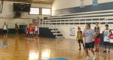 Entrenamiento de la semana pasada del Grupo ABECh en el gimnasio de Guillermo Brown de Puerto Madryn.