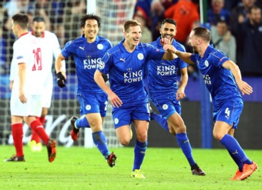 En camino de recuperación, Leicester se quedó con una emotiva eliminatoria ante Sevilla.