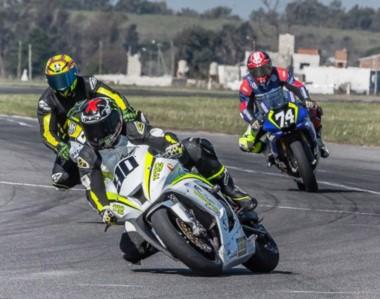 """La máxima categoría nacional del Súper Bike llegará por primera vez al autódromo """"Mar y Valle"""" de Trelew."""