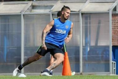 En la practica de hoy, Junior Benitez jugo en lugar de Centurión y Pablo Pérez por Barrios.