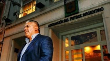 Tapia quiere que en las pensiones de los clubes que pertenecen a la AFA haya una reglamentación.
