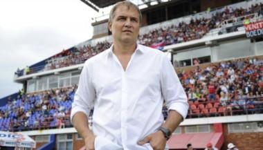 Aguirre arregló su continuidad en San Lorenzo.
