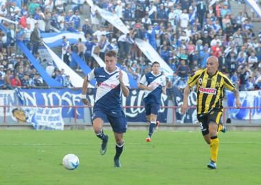 El punto terminó siendo bueno para el Aurinegro en condición de  visitante. (Foto: La Capital).