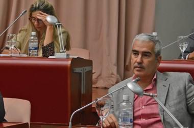 Los elegidos. López se quedó con la vicepresidencia primera y Caminoa fue ratificada en la segunda.