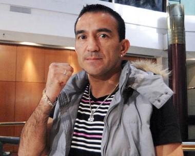 """El """"Huracán"""" Omar Narváez se quedó sin la pelea con Manny Rodríguez."""